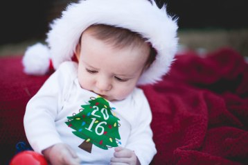 henry-first-christmas-9